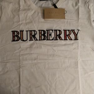 💯 Authentic Burberry Spring/Summer Tee